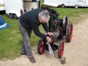 Polishing the miniature traction engine