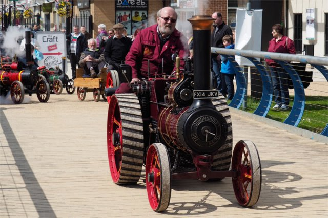 miniature-traction-engine